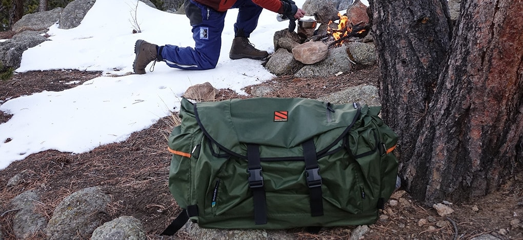 Expanse Backpack Bed In The Snow